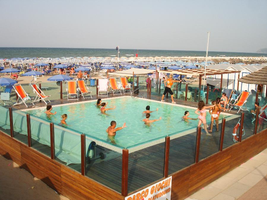 Hotel Concord Riccione **** | Spiaggia | Scopri le Spiagge ...